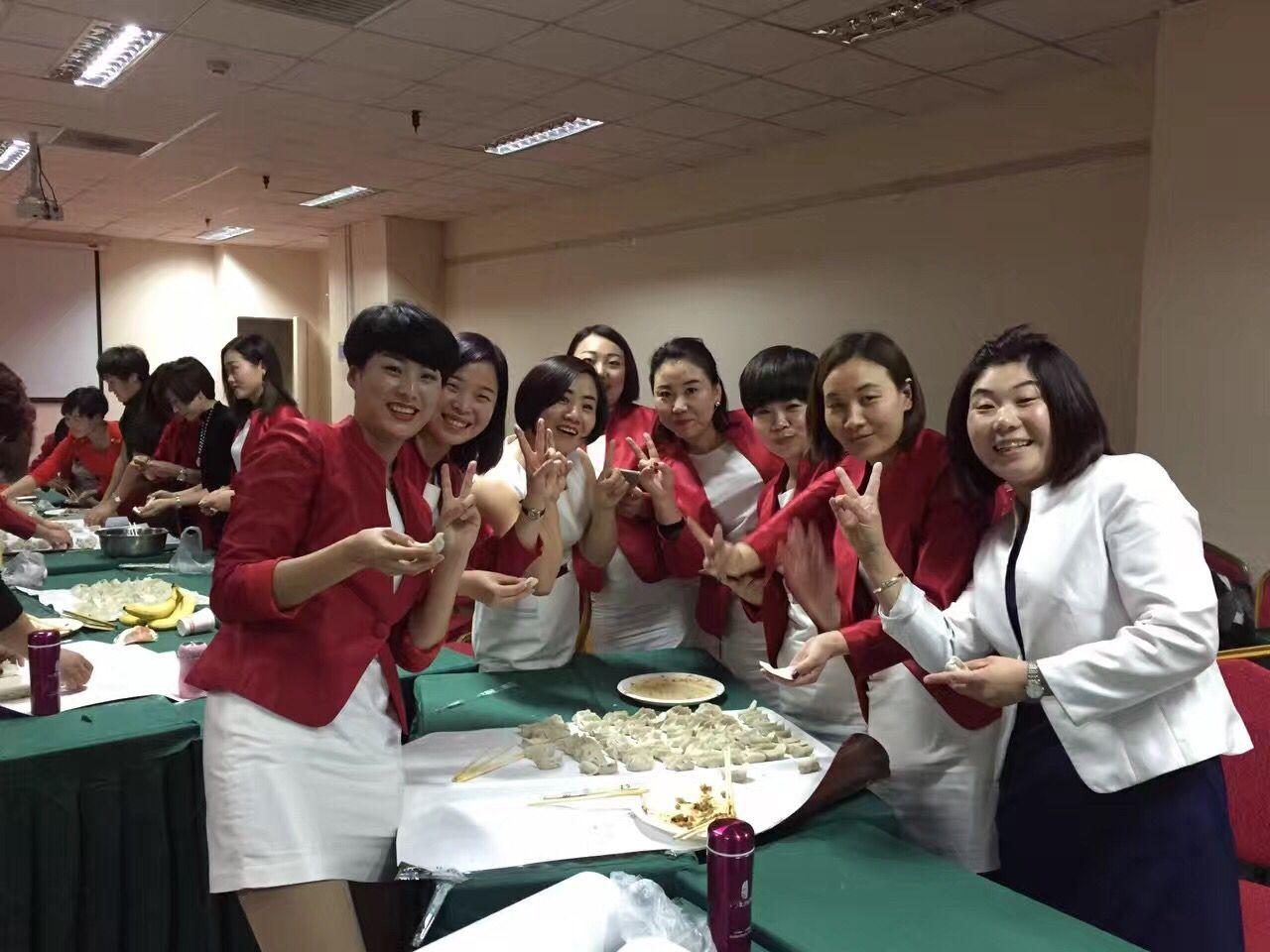 天津职业装定制客户展示